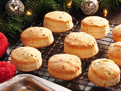 Sour Cream and Chive Biscuits | mrfood.com