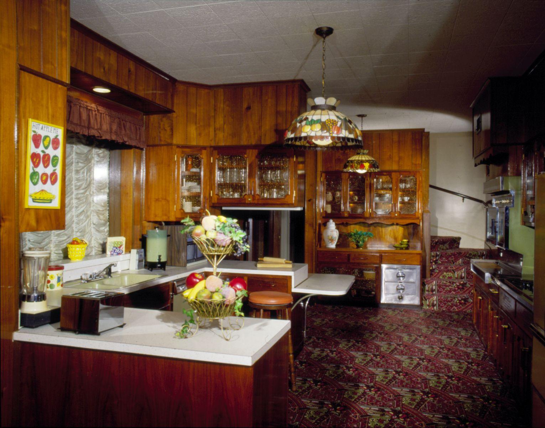 Elvis Presley S Graceland Amp Favorite Foods Mrfood Com