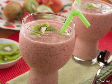 Kiwi Smoothies : Ready for a taste of the tropics? The strawberry-kiwi ...
